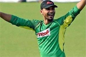 bangladesh team captain murtaza held foot in political won by 266 000 votes