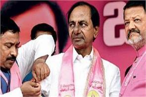 trs and congress in telangana  confident about their victory