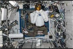 next gen robots to repair satellites  destroy enemy fleet