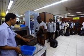 20 killed in clashes at libya  s main international airport