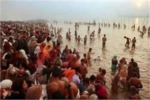 five lakh devotees bath at maha shivaratri bath at sangam