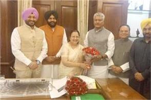 jakhar leads punjab mp s delegation to felicitated lok sabha speaker