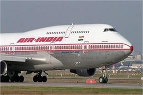 jet airways plane hits catering van at delhi airport