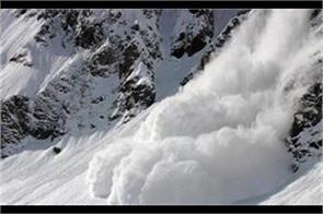 snow avlance warning for kashmir