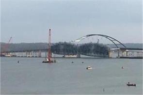 crews demolish old lake barkley bridge in ky