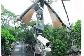 mumbai police breaking 80 000 traffic rules with the help of 47 hi tech cameras