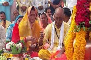 digvijay singh narmada yatra ashutosh rana congress amrita singh