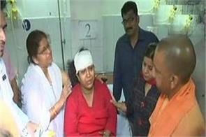 varanasi bridge accident cm yogi meets injured in hospital