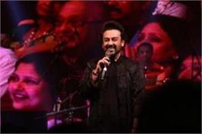adnan sami says his staff were called  indian dogs  at kuwait airport