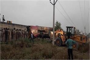 two killed 10 injured in etawah bus accident