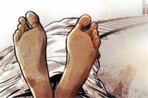 two sister commit suicide in delhi