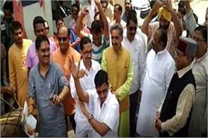 chief minister rawat reached dehradun bjp headquarters to celebrate victory