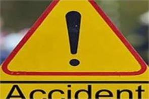 two dead three injured in road accident in chamoli