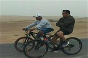 salman khan race 3 cycling video from jodhpur going viral