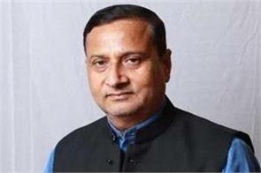 bjp still intimidated by indira gandhi congress