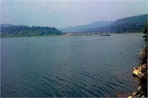 pong dam lake and shiva mandir should be given the form of pilgrimage site