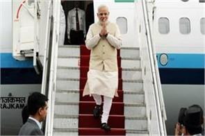rti exposes pm modi spent 355 crores on foreign tours