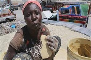 clay roti is eating hungry people here see video