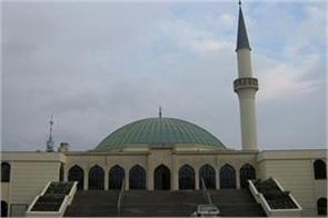 7 closed mosques austria sacked for imams