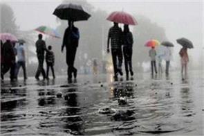 rain lashes in jammu kashmir