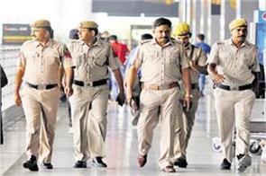 delhi police promoting human trafficking swati maliwal