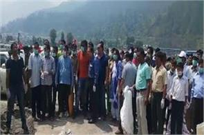 cleanliness drive run by dm in river front park