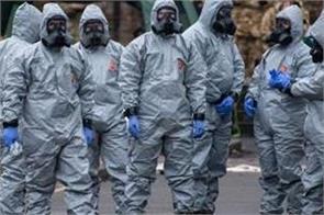 uk 2 more people poisoned by novichok nerve agent