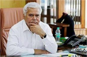 uidai landed in defense of trai chief rs sharma