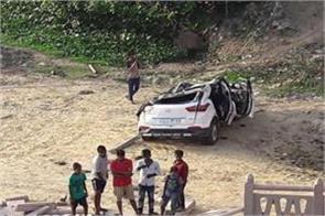 car fell in river varuna river two dead