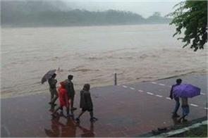 water level of ganges river reached danger mark in rishikesh