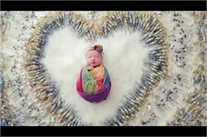 this child s photo surrounded by ivf needles is viral