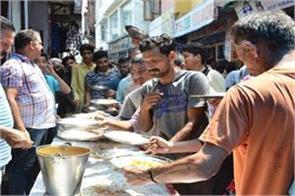 people organised langar sharvan month