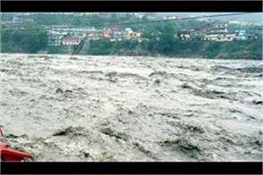 increase in the water level of ganga and yamuna even during the tenth