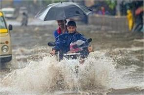 9 people killed due to heavy rain in up