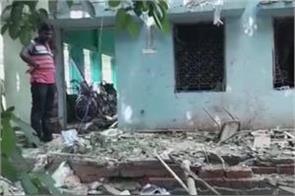 west bengal  bomb blast in tmc office one killed