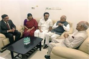 president visits karunanidhi hospital