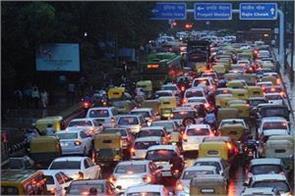 delhi rains water logging traffic jams people get disturbed