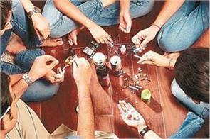 remove punjab from the swamps of drugs ban on alcohol should be imposed