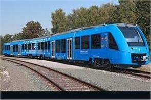 germany launches worlds first hydrogen powered train