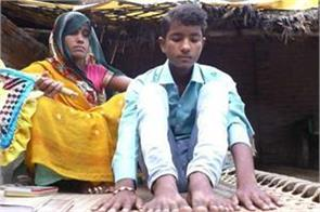24 fingers parents claim that relatives are trying to kill their son