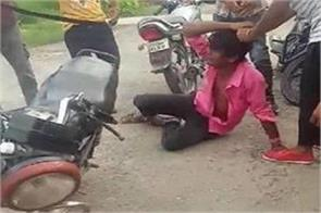 thieves attacked the young man s ruthlessly video viral