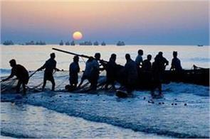 18 indian fishermen arrested in pakistan