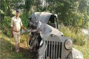 road accident in up including father in law painful death of 4