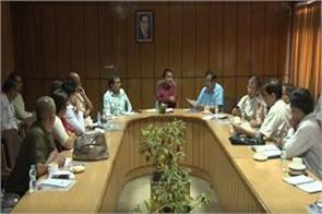 dhan singh rawat meeting with the officials regarding knowledge mahakumbh