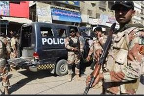 policeman escorting polio workers killed in pakistan
