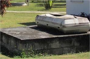 five dead in septic tank in odisha
