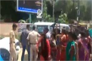 washing feet and drinking water dumka reached nishikant dubey congress women s