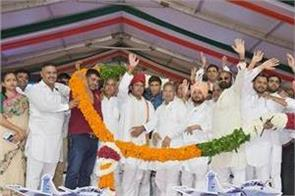 ashok tanwar aimed on bhajpa sarkar in poll khol halla bol rally