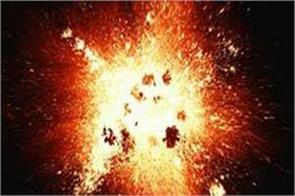 minor injured in blast in sopore