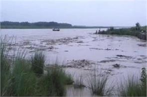 extensive water level of yamuna river